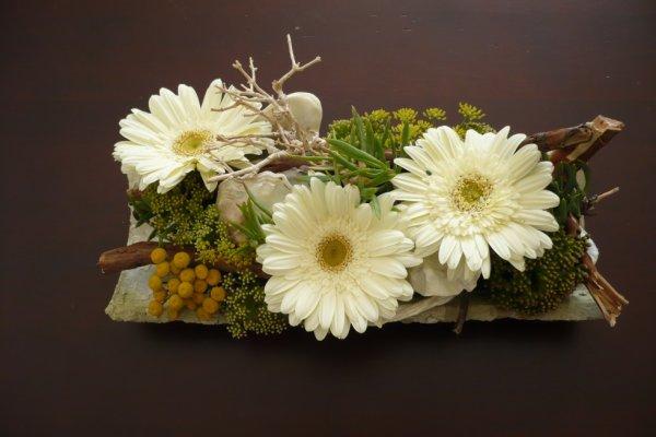 tuile fleurie