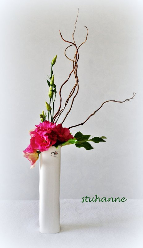 art floral: avec une branche de lisianthus