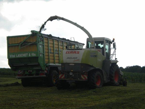 ensilage (Vital Laschet) 927 + silo space 3 essieux!