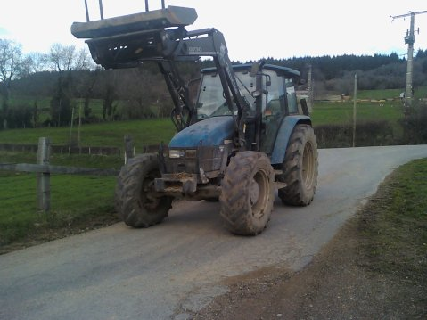 new holland tl 80 + chargeur quicke