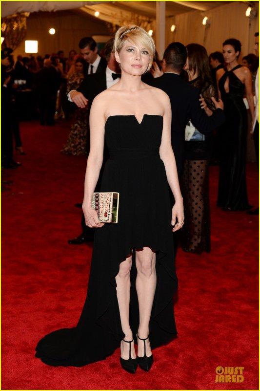 Anne Hathaway , Michelle Williams, Sarah Jessica Parker, Kirsten Dunst