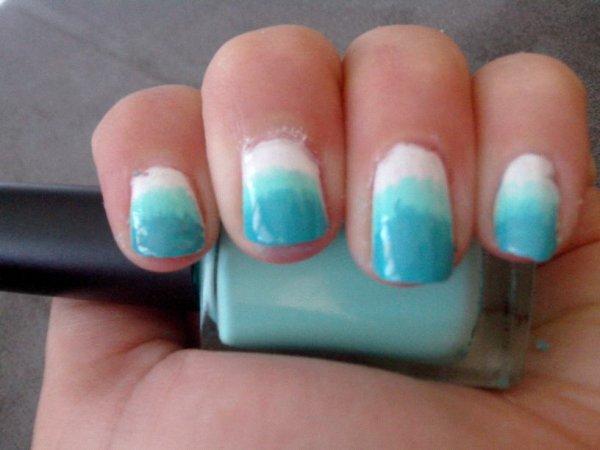 Nail-art Dégradé triple bleu ;)