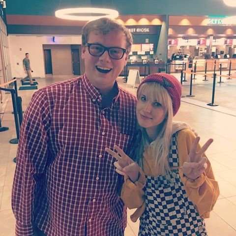 Hayley et un fan