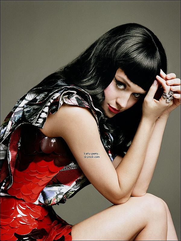 Voici un aperçu du clip E.T (Futuristic Lover), le prochain single de Katy.