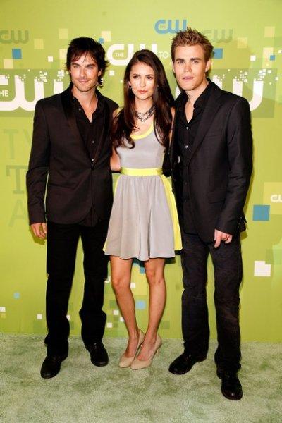 Paul Wesley , Nina Dobrev et Ian Somerhalder a une soirée pour la promo de Vampire Diaris le 29 mai 2011