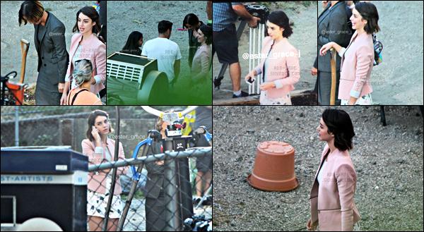 . 07/07/17- Notre belle Adelaide a été vue sur le tournage de OUAT pour la saison 7,à Vancouver! .