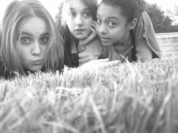 Moi,Manon et Sofia <3