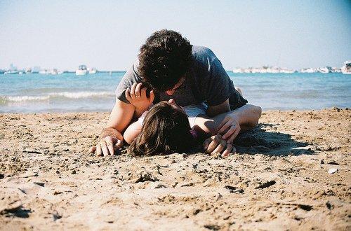 On est souvent trompé en amour, souvent blessé et souvent malheureux ; mais on aime, et quant on est sur le bord de sa tombe, on se retourne pour regarder en arrière, et on se dit: « J'ai souffert, je me suis trompé quelquefois mais j'ai aimé ».