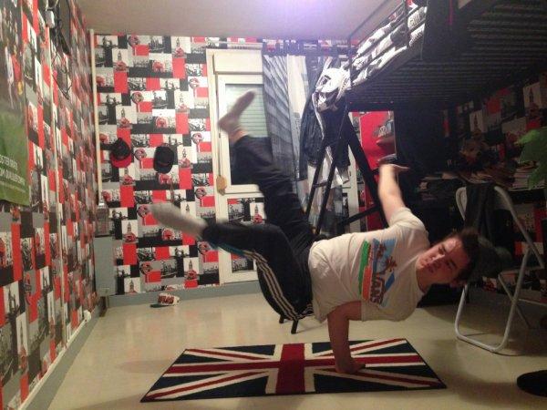 moi breakdance