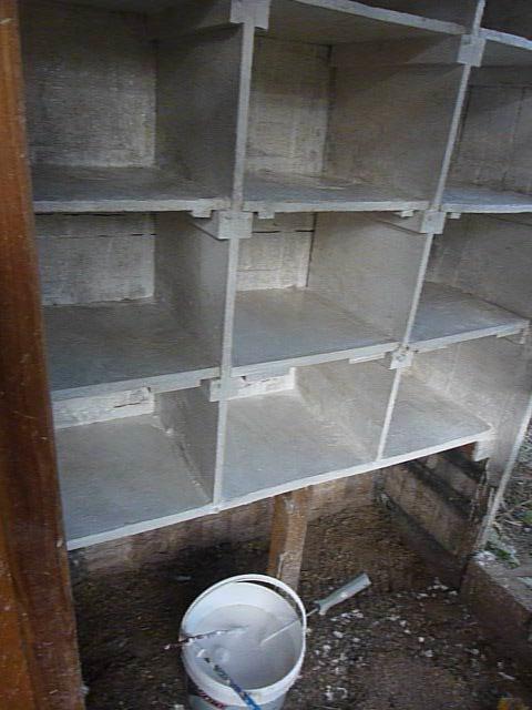 une couche de chaux vive dans les pigeonniers blog de jean mie63730. Black Bedroom Furniture Sets. Home Design Ideas