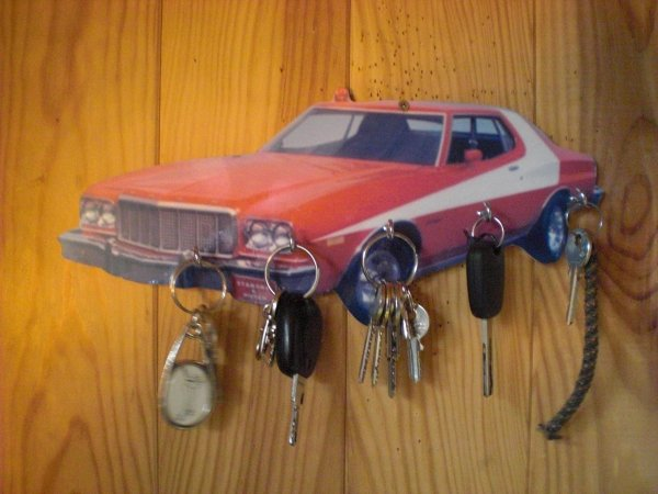 FORD GRAND TORINO STARSKY ET HUTCH
