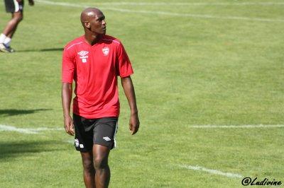 __[ L'ASNL voit toujours Rouge ] Voila le titre de l'article paru dans Sports L'est Républicain après le match face à Montpellier le Lundi 13 Septembre 2010__