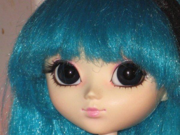 hinamie avec la wig stock de mikashan