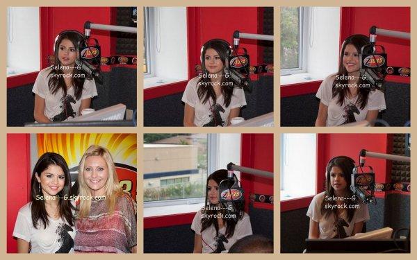 Mercredi 24 août : Selena dans la station radio Z 103.5