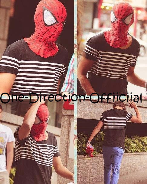 Louis es spiderman ! :0