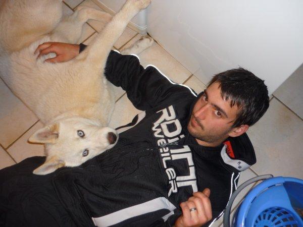 Mon Amour et notre chien Hypso =)