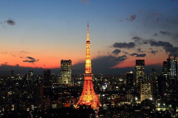 -------------------- . 日本 . ----------------------------- Préseηtαtion du pαys du soleil levαηt ➠ • Tokyo, la capitale  •