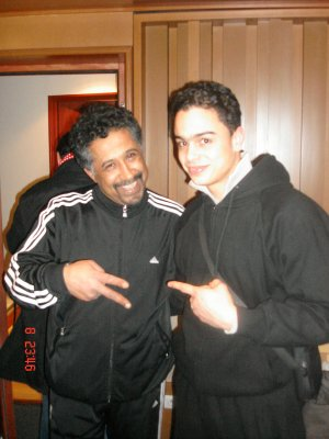 ----------------------------En studio avec Khaled  !!!---------------------------- Facebook Officiel - Mes Vidéos - Twitter Officiel - Myspace Officiel