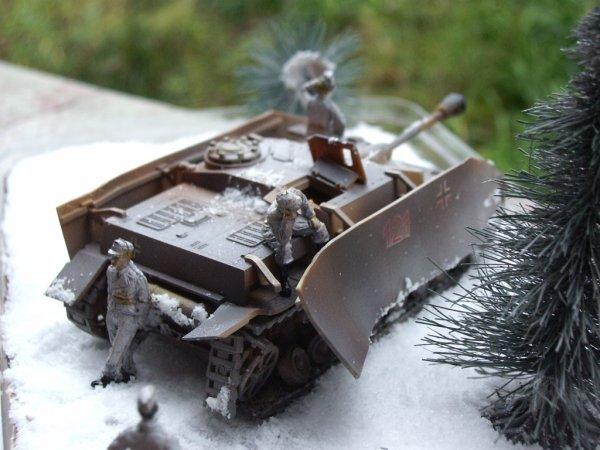 Le diorama chocolat dont en faite, je ne suis plus trop déçut il est pas mal ! Mon premier dio enneigé!