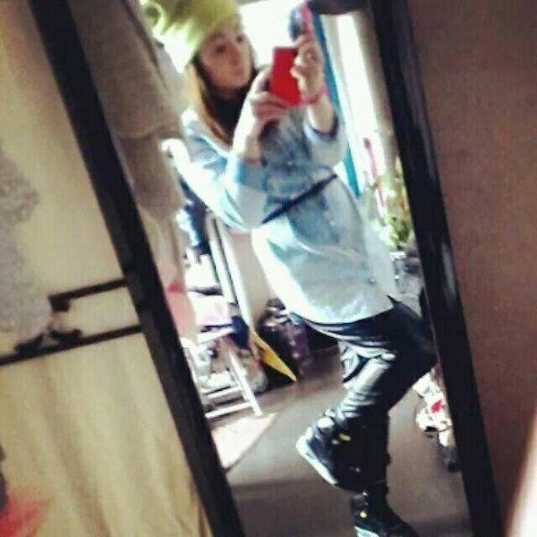 #look #tenu #jeans #bonnetfluo