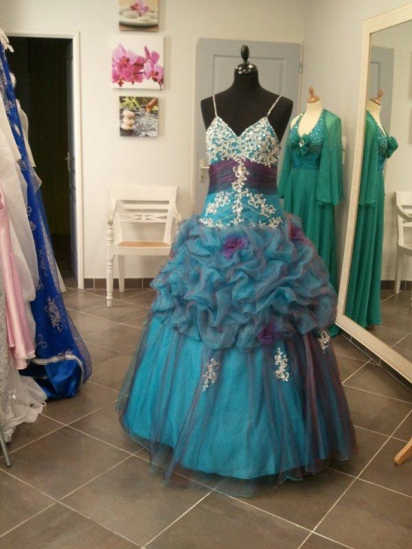 robe princesse proposée à la location.