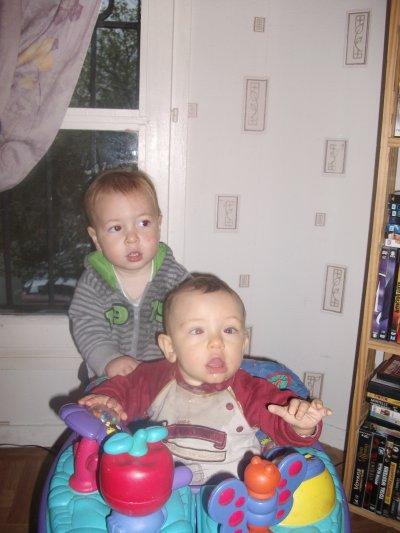 voici mon fils et mon neveu