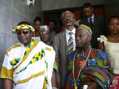 Médiation des leaders Traditionnels dans la crise post-électorale en Cote d'Ivoire conduite par sa Majesté Tchiffi Zie (sécrétaire général du forum des Rois) chez le réprésentant de l'UA à Abidjan