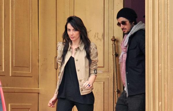 Fin du jeu : La sortie de Noam et Alexandra le 1er Avril 2011.