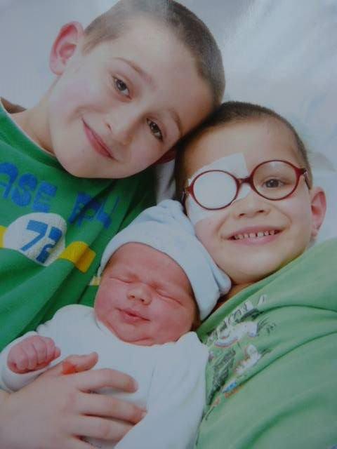 Mathéo et ses 2 grands frère Alex et Chris.