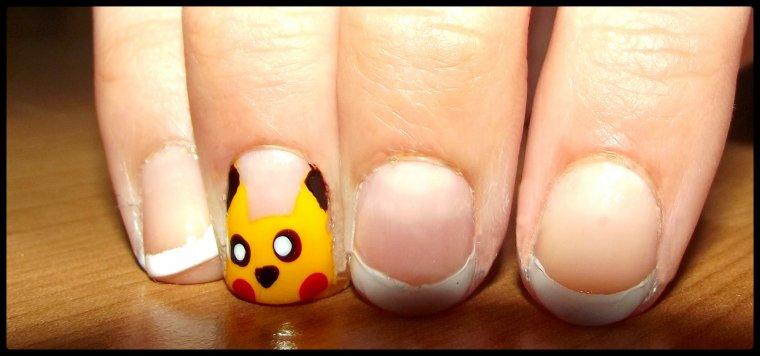 Nail art ( 19 ) Pikachu