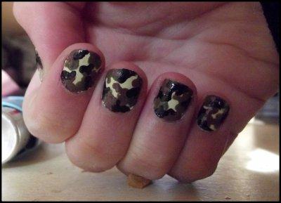 Nail arts ( 22 ) Militaire
