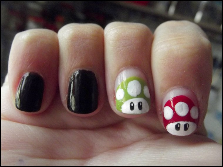 Nail arts ( 31 ) Champignons Mario