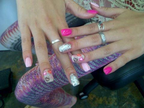 Nouveaux ongles de Bella !