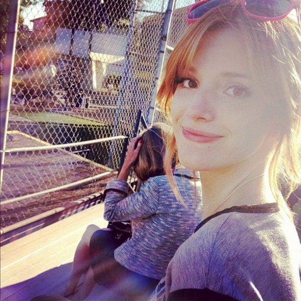 Bella au match de Baseball de Tristan le 16 juillet :