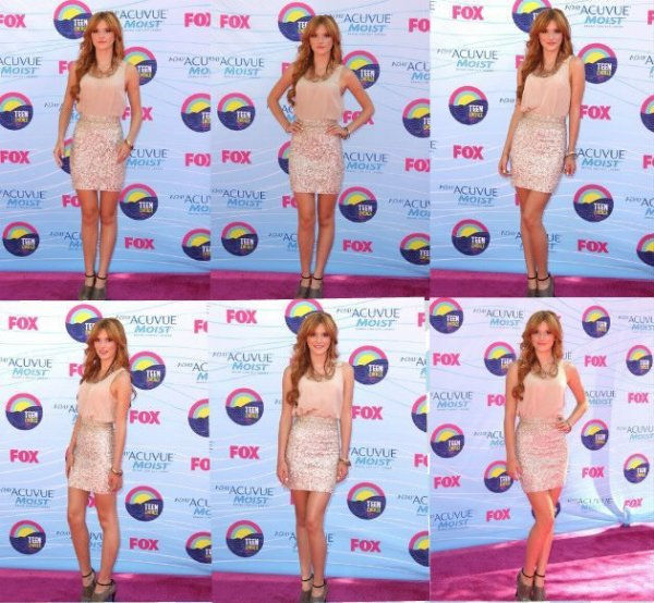 Dress like de Bella pendant sa performance au TCA .Qu'en pensez-vous ?