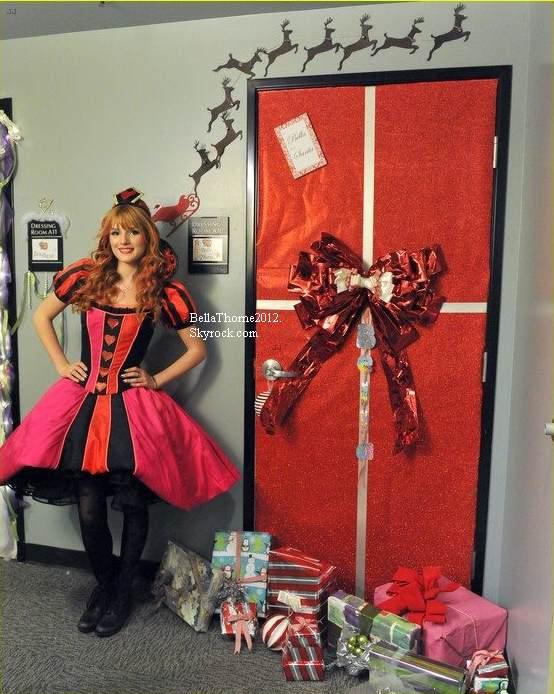 Nouvelles photos twitter de Bella du 24 décembre :