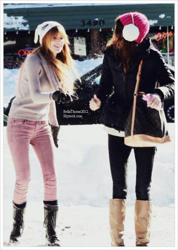 Bella, sa famille et ses amis partis en vacances au Lac Tahoe le 27et 28 décembre :