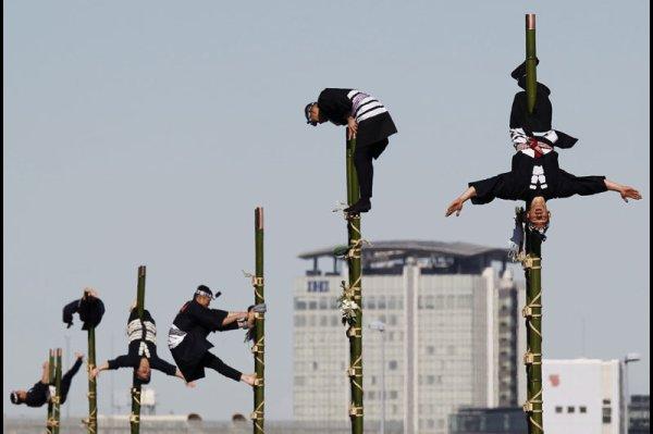 Les jours de fêtes et les jours fériés au Japon : 6 Janvier ~ Dezomeshiki, la parade des pompiers