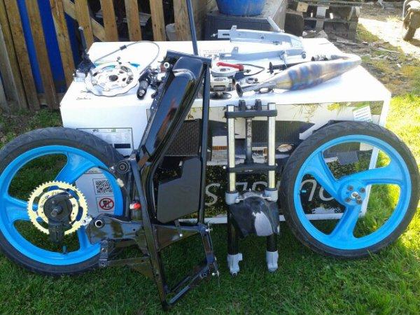 A vendre Pièces Racing MBK 51