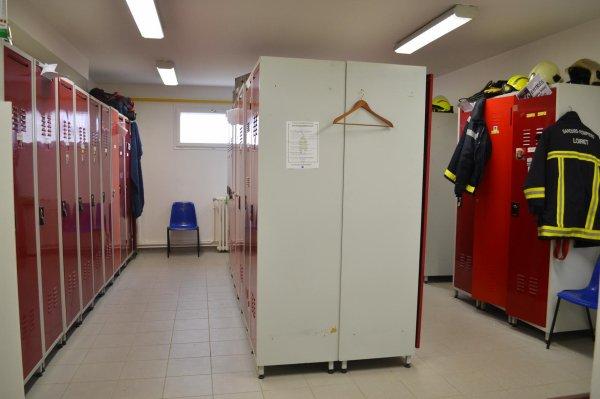 Réaménagement du vestiaire hommes plus douche