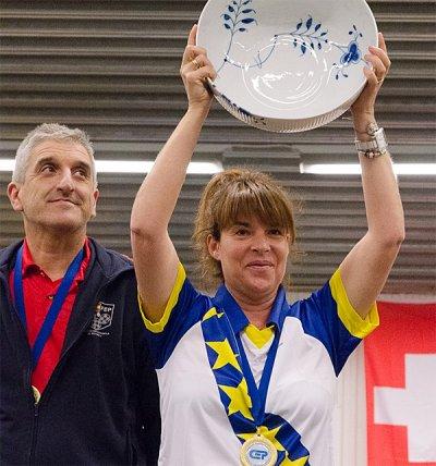 1er Championnat d'Europe individuel Henri Lacroix, un titre en bleu et or.