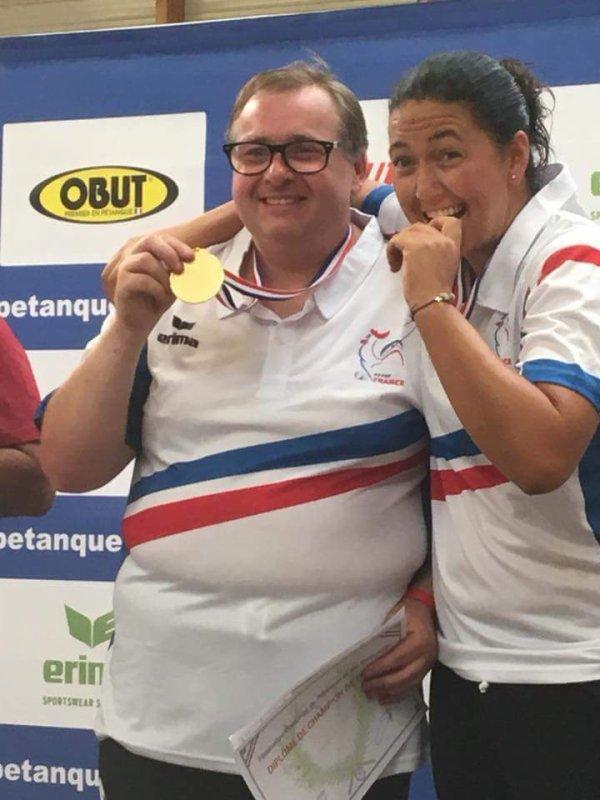 CHAMPIONS DE FRANCE DOUBLETTE MIXTE.
