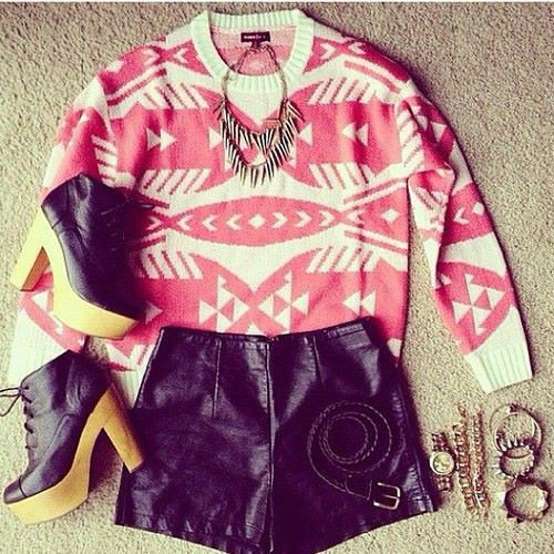"Tenue ""Azteque"""