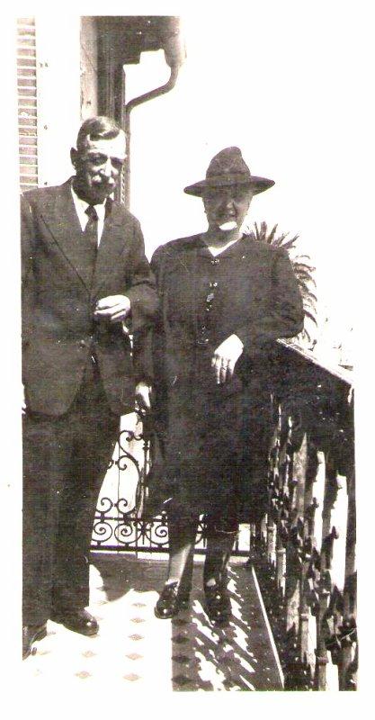 les grands parents maternel de mon époux Emile.et famille Elisan.fréres et soeurs
