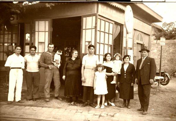 les parents de Mi........e Ca------zo .cousins germains de mon père jean-Baptiste Cadiere.