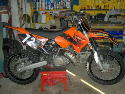 125 ktm 2006 a vendre 110 motocross. Black Bedroom Furniture Sets. Home Design Ideas