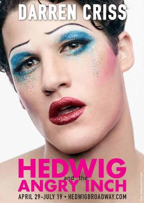 Enfin la fameuse photo de Darren en Hedwig !