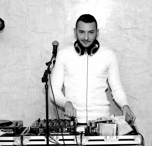 En Mode White @ New Year Party 2015 ;)