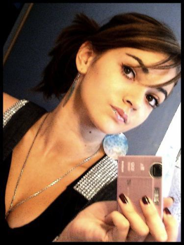 Alexandraa ` Offishaal (Aa) Pompe pa sal*pe :@