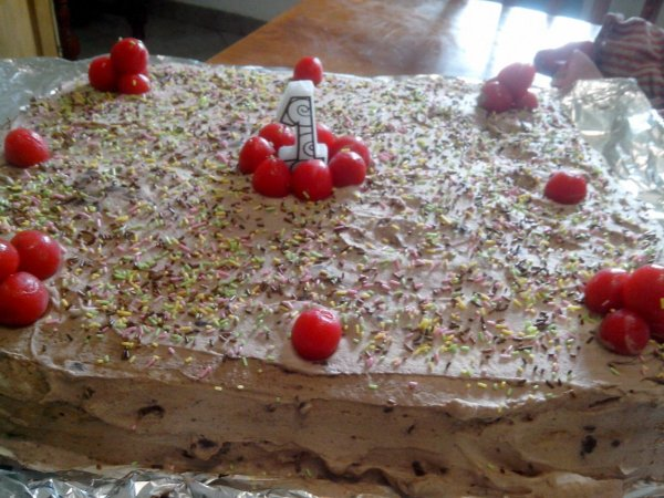 Gâteau a la mousse de chocolat blanc et noir
